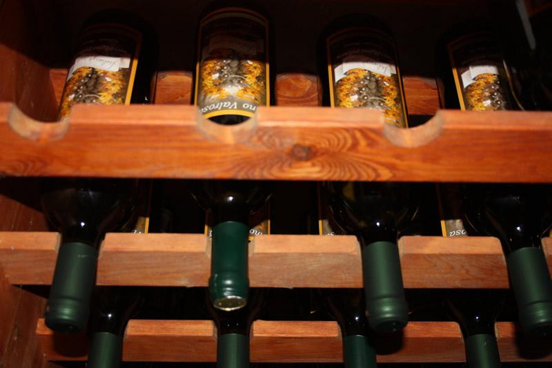Široka ponuda Vina izvlastite proizvodnje-Agroturizam Valrosa Rovinj